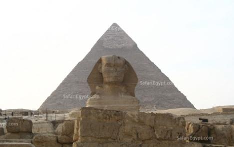 Kim tự tháp Khufu.