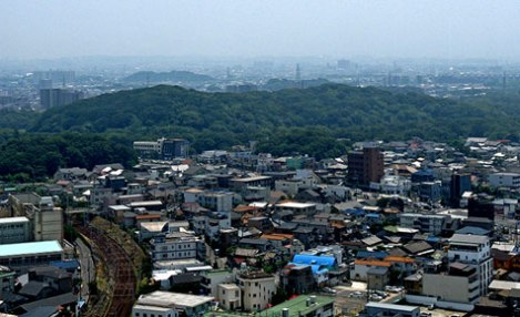Một lăng mộ Kofun ở trung tâm thành phố Sakai.