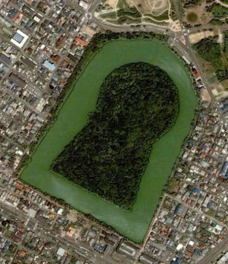 Kỳ bí những ngôi mộ lớn nhất thế giới ở Nhật Bản