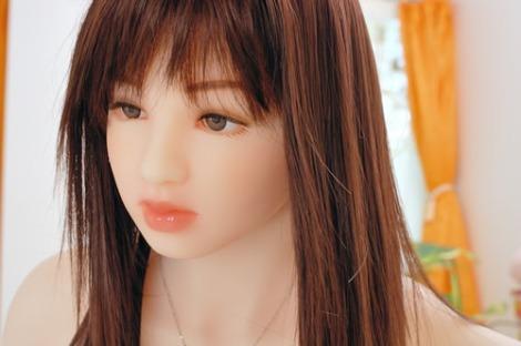 Thú chơi 'búp bê tình yêu' bùng phát ở Nhật