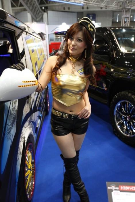 Girls Of Tokyo Auto Salon 2011