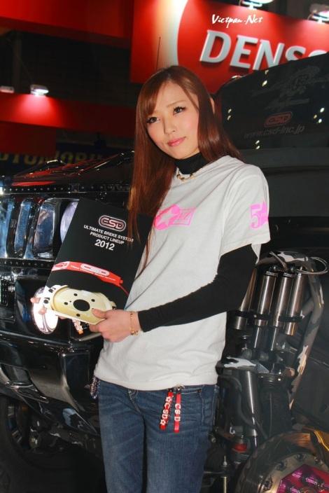 Hot girl với triển lãm xe 2010