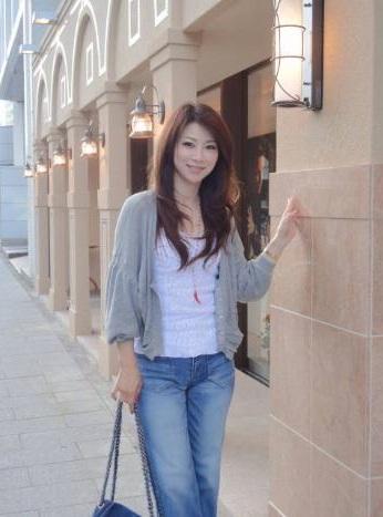 Người phụ nữ 44 Tuổi trẻ như teen girl