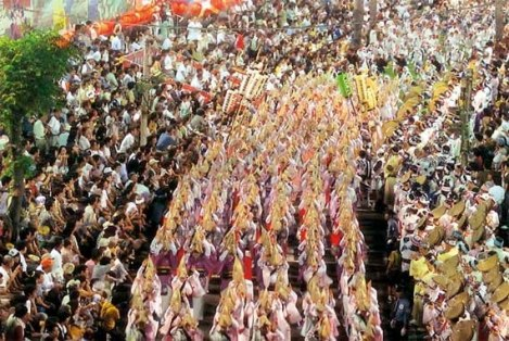 Các hoạt động diễn ra trên đường phố trong những ngày tổ chức lễ Obon