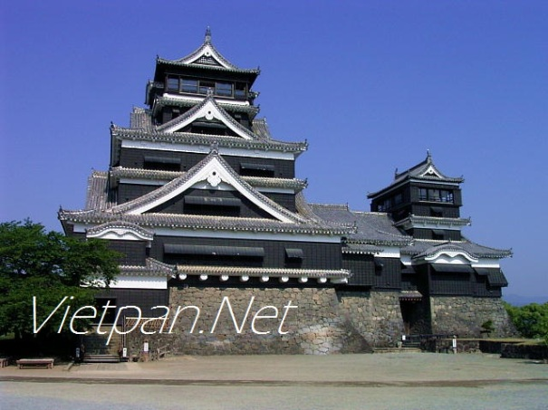Lâu đài cổ Kumamoto