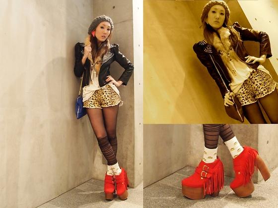 Teen Nhật Bản mê giày đế cao