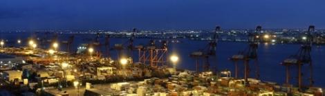 Kinh tế Nhật Bản tiếp tục lao dốc