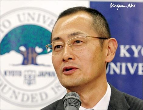 Nhà khoa học Shinya Yamanaka nhận giải Nobel 2012