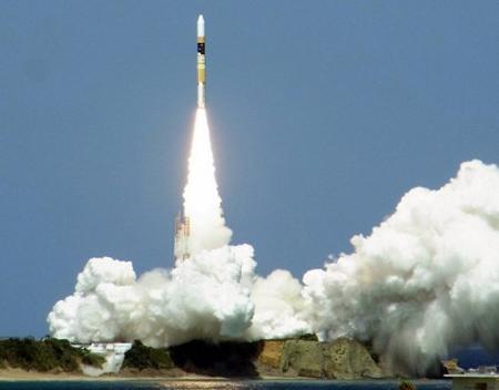 Nhật Bản phóng thành công vệ tinh tình báo vào quỹ đạo