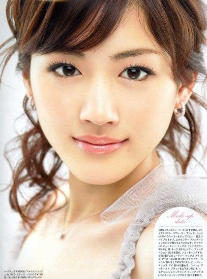 10 người đẹp trong mơ của đàn ông Nhật