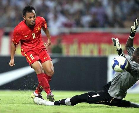 Tranh tài cùng đội tuyển Việt Nam